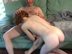 Vieux prof dégueulasse pervertit son élève !