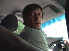 Mature sexy prise par le chauffeur de taxi