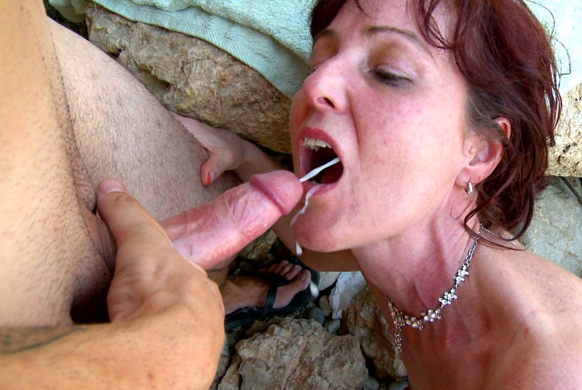 40 plus milf from bristol uk rides dildo on holiday 4