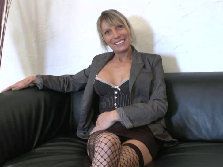 blonde bandante salope cherbourg