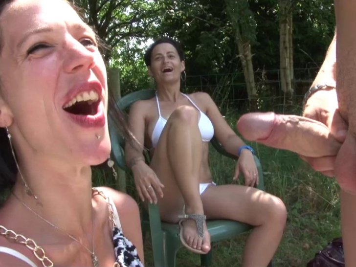 3 copines bi francaises en vacances - 2 part 5
