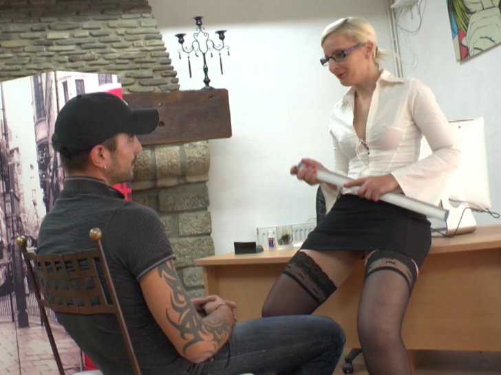 Amelie 1er casting in boots a75 9