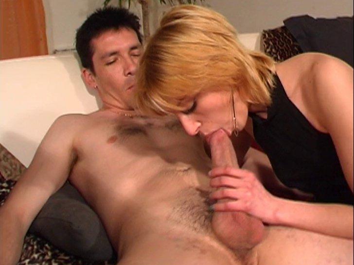 porno timide femme godeuse