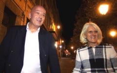Sylvia, 48 ans, de Cambrai (59) offerte par son mari à une bande de lascars ! (Jacquie et Michel)