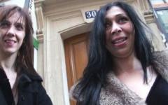 Chafika arrose son premier gang-bang en beauté ! (Jacquie et Michel)