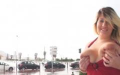 Exhib hard dans la rue et sodomies pour Aurélie 19 ans, restauratrice à Marseille ! (Jacquie et Michel)