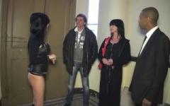 Marie Hélène revient pour une baise brutale avec l'agent immobilier ! (Jacquie et Michel)