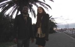 Djibril pousse sa petite-copine, serveuse à Perpignan, à se laisser baiser par notre équipe ! (Jacquie et Michel)
