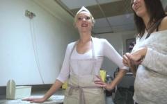 Angie, se fait démonter dans sa boulangerie de Nantes! (Jacquie et Michel)