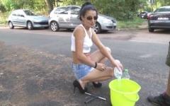 Opération car wash offert par la maison au Bois de Boulogne ! (Jacquie et Michel)
