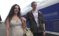 Un couple de chti descende nous voir à Paris pour voir si sa femme est bonne ! (Jacquie et Michel)