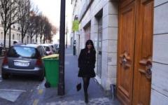 Alina de Paris joue les secrétaires dévergondées pour tromper l'ennui! (Jacquie et Michel)