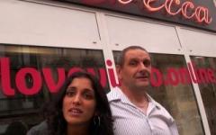 Sexe-tourisme: son mari l'offre à baiser aux clients du sexshop Le Rebecca à Bordeaux ! (Jacquie et Michel)