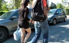 On va chercher un couple de 18 ans à la sortie du bahut pour leur 1er «échange» ! (Jacquie et Michel)