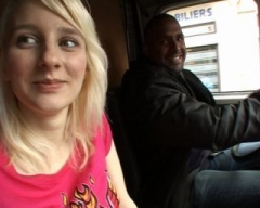 On a baisé une jeune belge dans un camion en plein Paris !!! (Jacquie et Michel)
