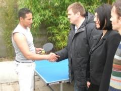 Celui qui gagne au ping-pong baise mon épouse !