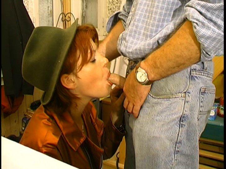 une prof baise son eleve petite pute de quartier