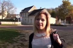 Mélanie, 29 ans, serveuse dans un restaurant à Rouen ! (Jacquie et Michel)