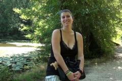 Ilia, jeune maman à géant tétons, bourgeoise de neuilly, sauvagement enculée dans les bois ! (Jacquie et Michel)