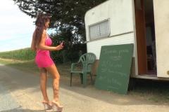 Vidéo jaquimichel! caro, fille de trente ans aux gros lolos, prend 50 balles pour se faire prendre !