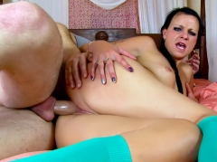 Webcam hardcore d'un couple pervers dont la gronzesse est wow !
