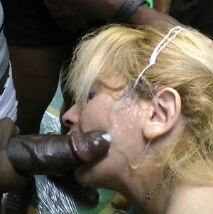 Amatrice sodomisee avant le masque au sperme sur le visage - 3 3