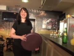 On a baisé la serveuse bretonne d'un bar de marseille !  signé jacky et michel !