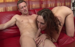 (jacky michel) ! la puce est de retour pour une généreuse séance de sexe