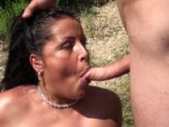 Jacky et michel vidéo !! tatianna, 30ans, exhibé et baisé dans un bois