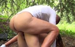 On a baisé samira, femme arabe de 22ans, en plein bois de vincennes !  (Jacquie et Michel)