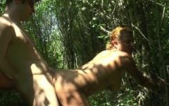 Sonia, 37 ans, se fait pilonner dehors par un petit jeune de 18 ans !  (Jacquie et Michel)