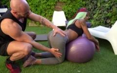 Fitness et sodomie : le programme de remise en forme de kimmy !  (Jacquie et Michel)