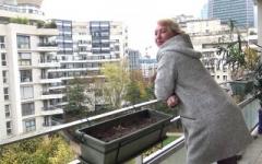 Calinette, 49 ans, se lance en vidéo avec l'accord de son copain !  (Jacquie et Michel)