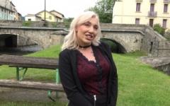 Louane, 30 ans, veut mettre du piment dans sa vie sexuelle !   (Jacquie et Michel)